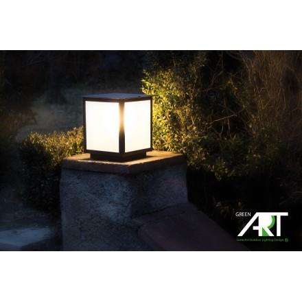 L mpara de exterior sobremuro para jard n for Luminarias para jardines exteriores